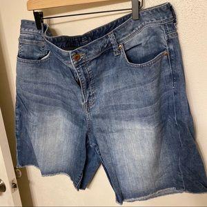Lucky Brand Americana Georgia cut off jean shorts